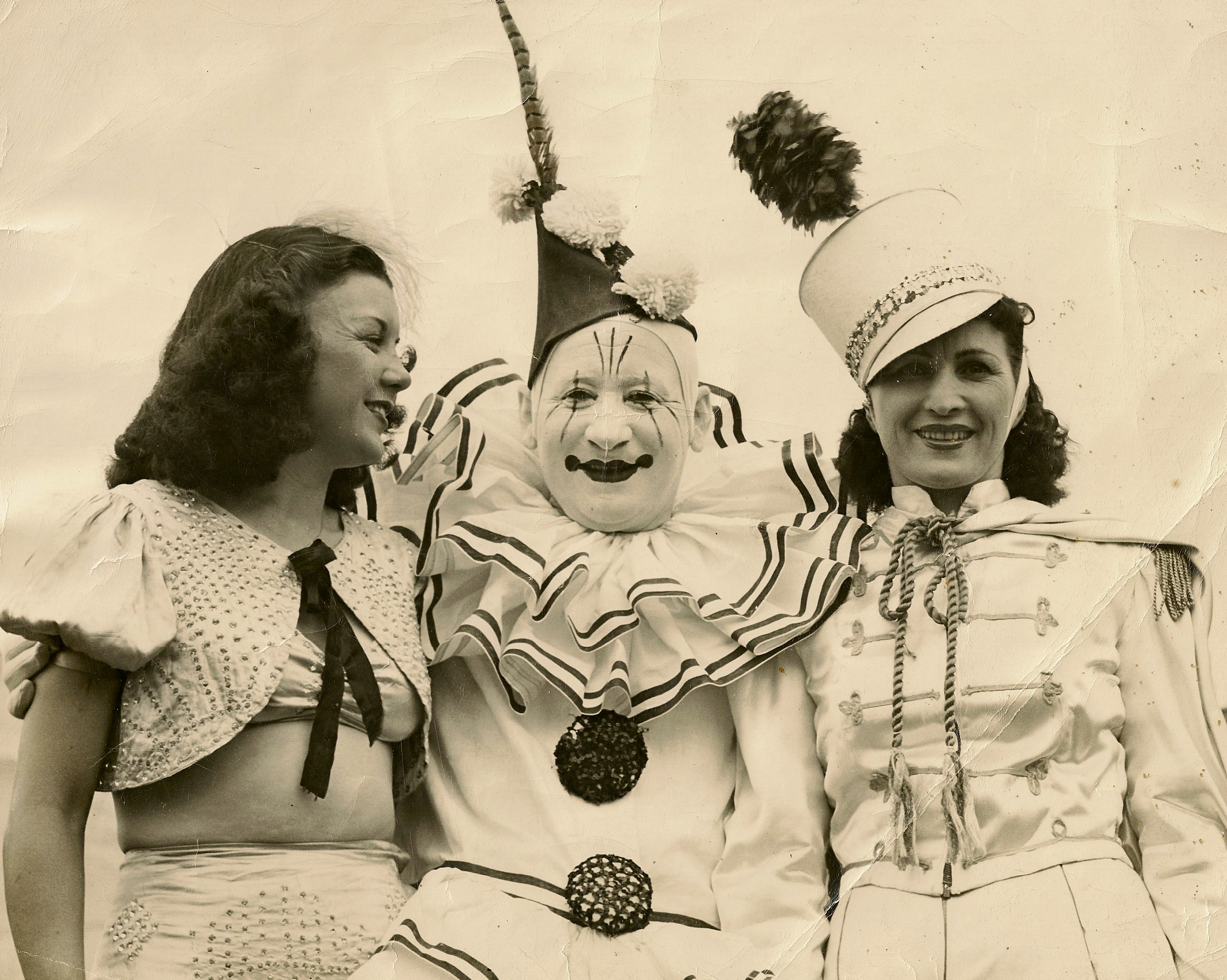 Circus - Wikipedia 22