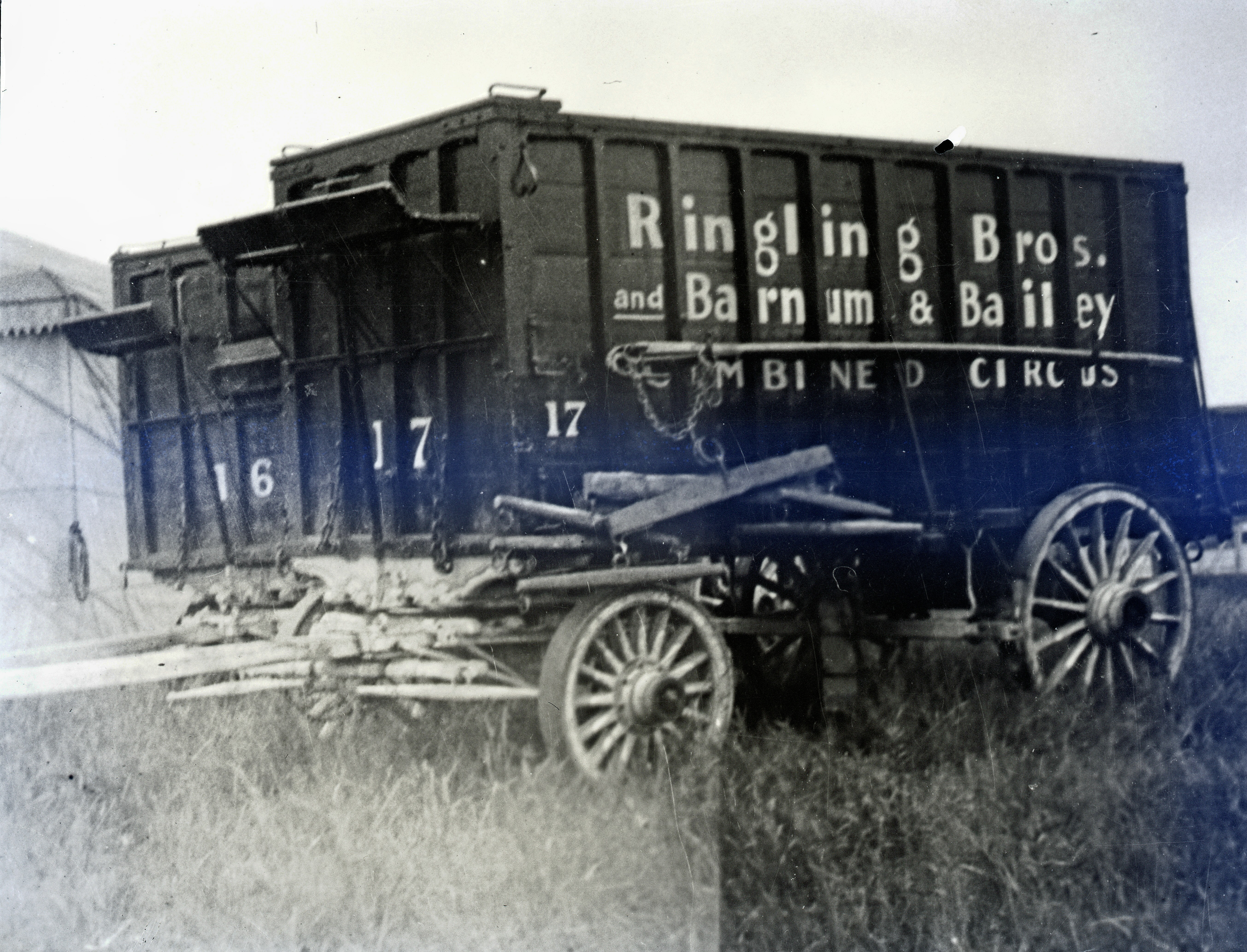 Ringling Bros Barnum   Bailey  1932  Cargo Wagons Posted 1of 13