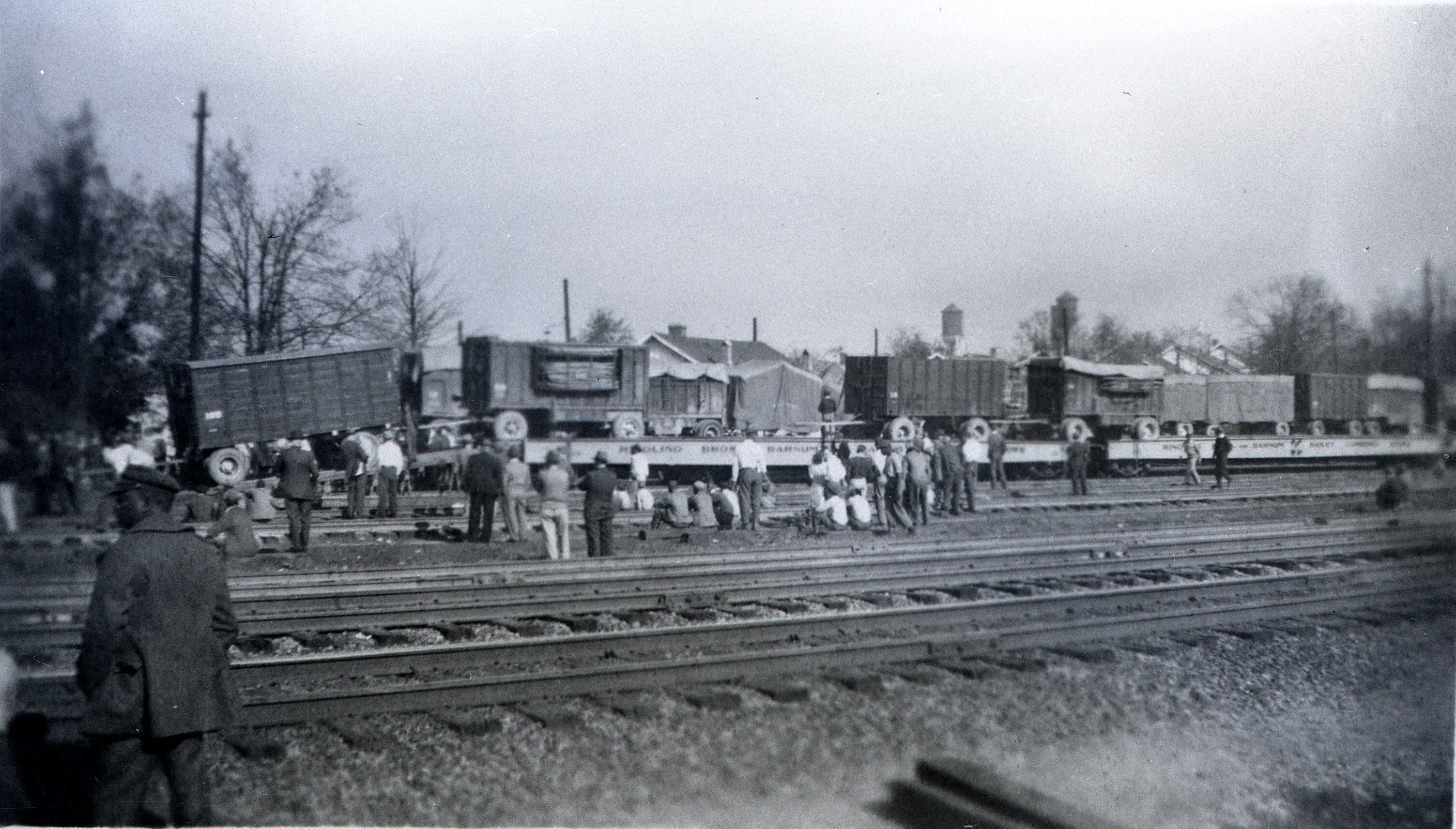 Ringling Bros  Barnum and Bailey1936 Unloading  Wagons from flat cars Posted 1 of 13